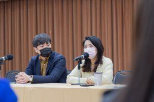 台北市議員徐巧芯和學員分享台北市議員工作內容,以及勉勵學員未來職場發展